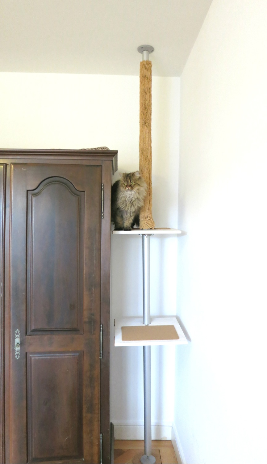 DIY cat tree Ikea stolmen hack